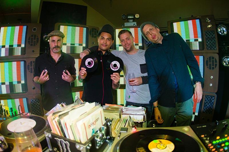 vinyl-ritchie-revolutions-2.jpg